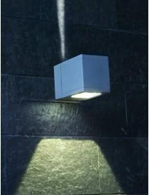 Wielowariantowa oprawa fasadowa Voss - Norlys