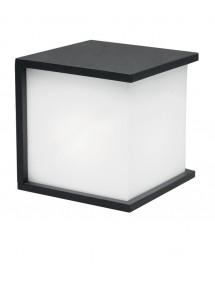 Zgrabny kinkiet do ogrodu Cube - Lutec